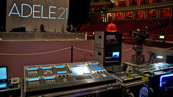 The Music Telegraph] An Audio Equipments List for FOH (Front Of